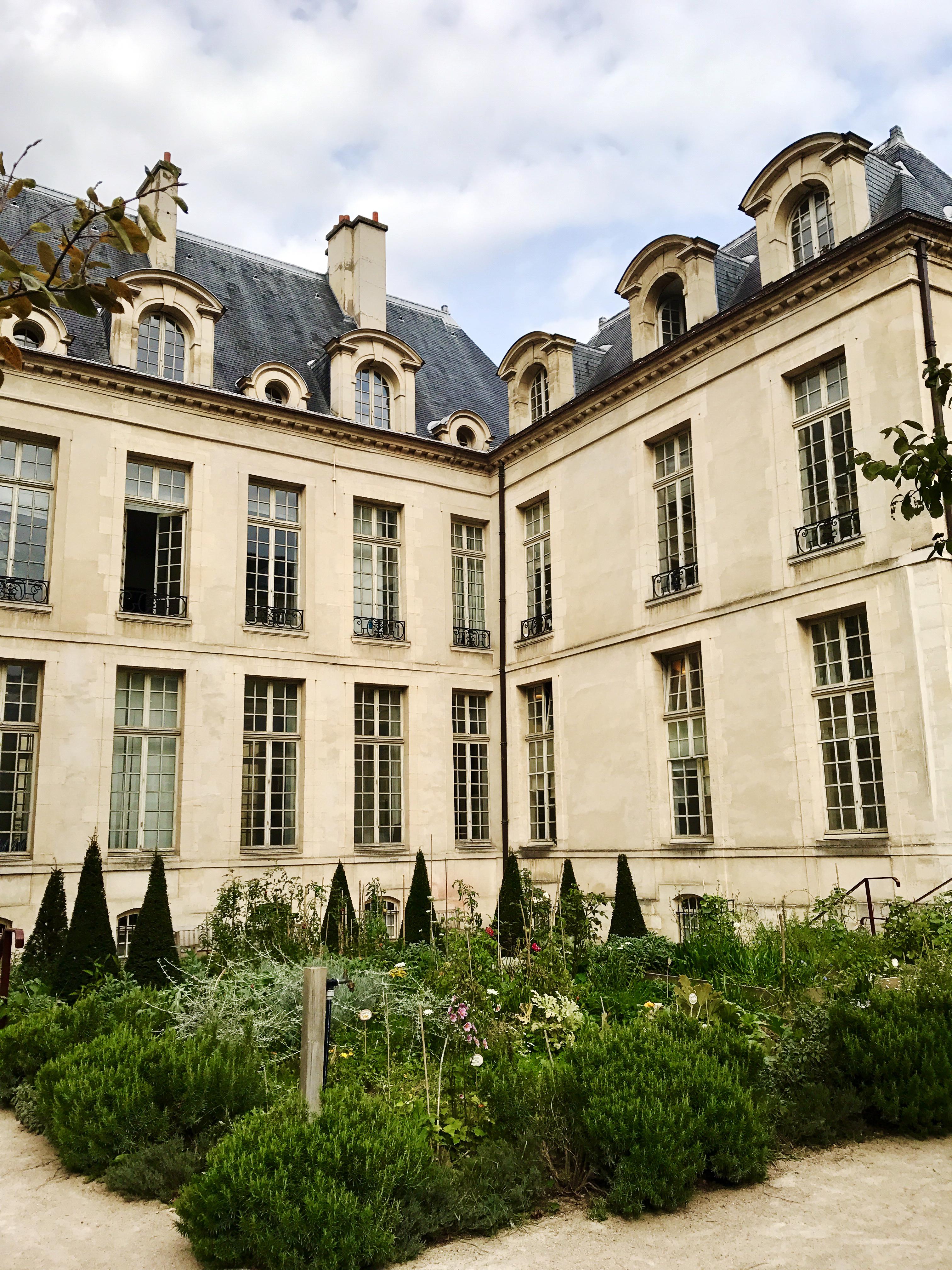 Jardin des Rosiers, Haute Marais, Paris